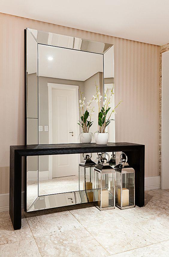 espelho com moldura refletiva