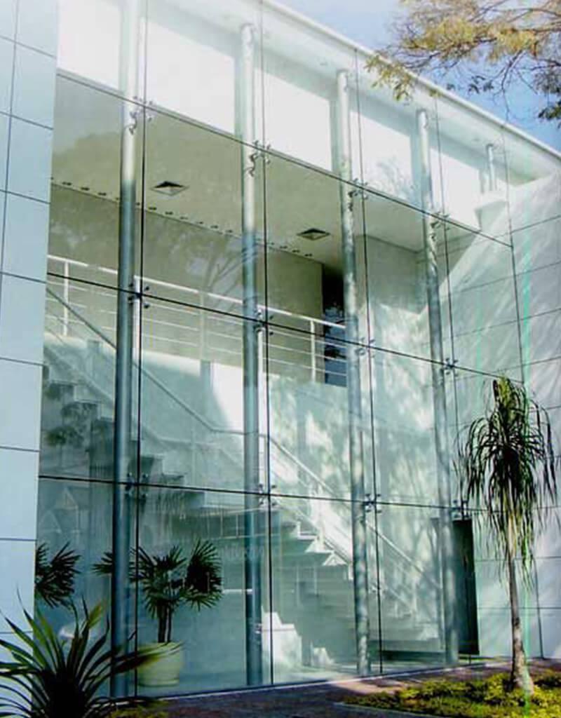 Fachada de vidro Spider glass - 9 - SEV Exclusivv