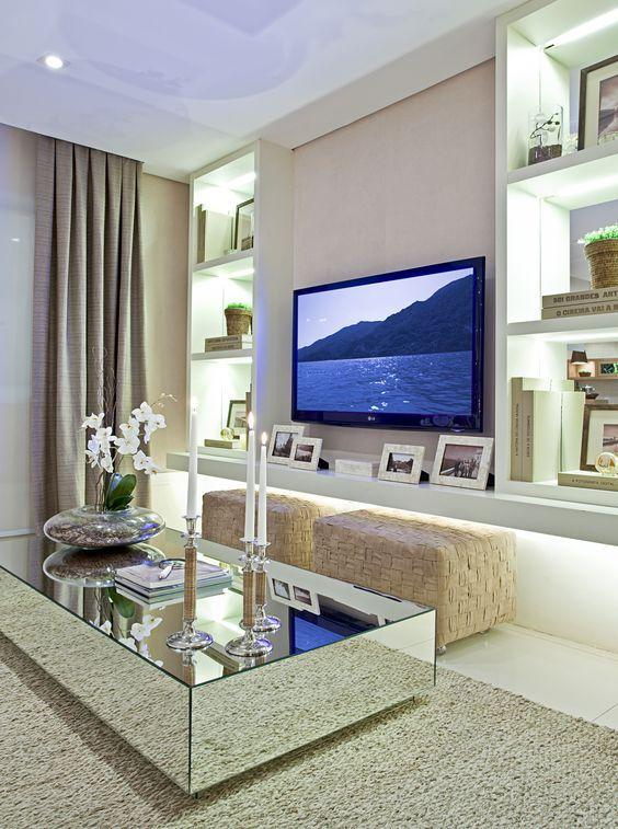 Revestimento de móveis com espelhos